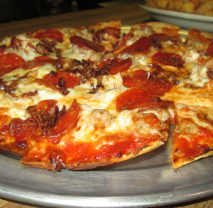 Delicious thin crust pizza at Pap's restaurant